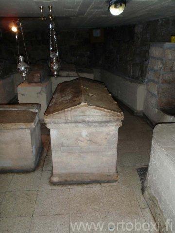 lasaruksen hautakirkko14