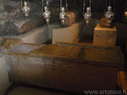 lasaruksen hautakirkko16